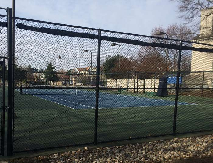 Veterans Memorial Tennis Court