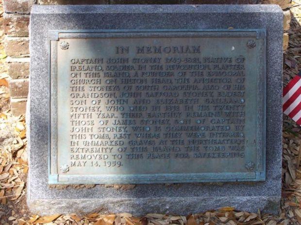 IN MEMORIAM CAPTAIN JOHN STONEY WAR MEMORIAL PLAQUE