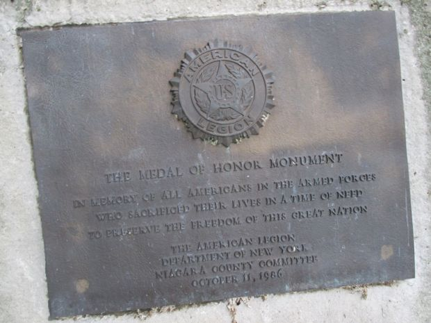 NIAGARA COUNTY MEDAL OF HONOR MEMORIAL PLAQUE A