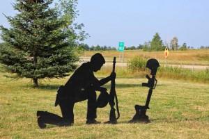 War-Memorial-Silhouette