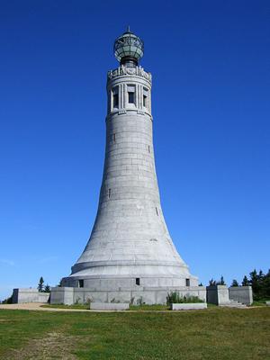 War-Memorial-Beacons